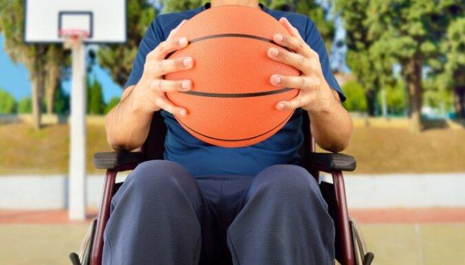 Родители инвалидов, учащихся в интернатах, могут получить пособие на время ЧС
