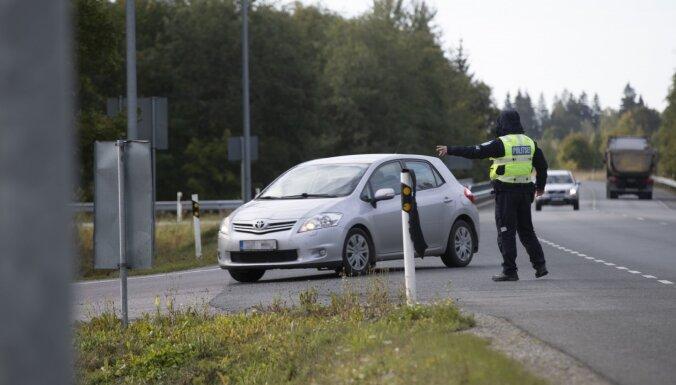 Ceļu satiksmes negadījumos cietuši 16 cilvēki un viens gājis bojā
