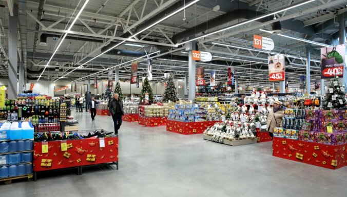 ФОТО: В торговом центре Ozols открылся крупнейший в Латвии магазин K Senukai