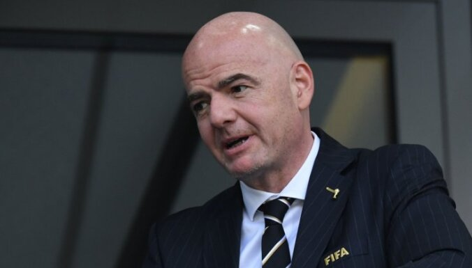 Infantino bez konkurences pretendē uz pārvēlēšanu FIFA prezidenta amatā