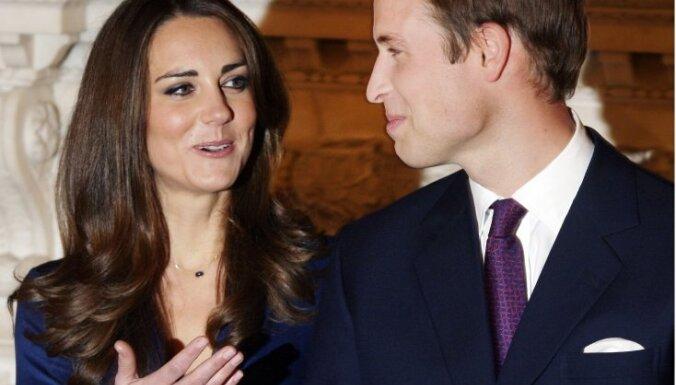 Lielbritānijas princis Viljams lūdz savu brāli princi Hariju būt par kāzu liecinieku