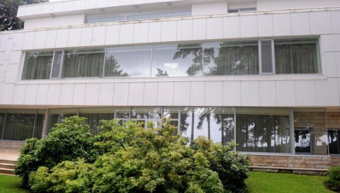 Vējonim drošāk būtu dzīvot Jūrmalas rezidencē, netieši norāda Militārā policija