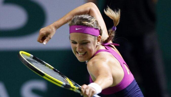 Азаренко подтвердила статус первой ракетки мира, выиграв Australian Open