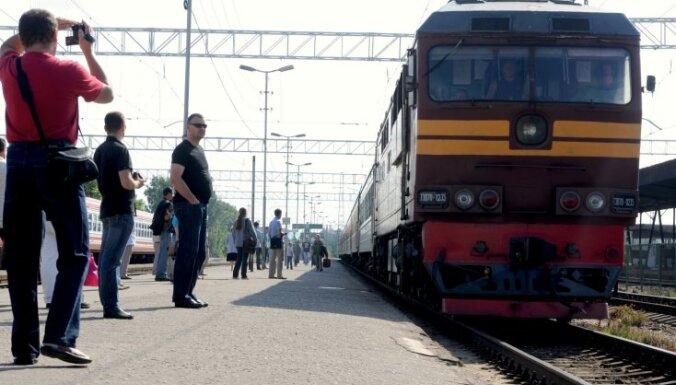 Uz Gulbeni, Siguldu, Madonu un Jūrmalu brīvdienas dosies papildus vilcieni
