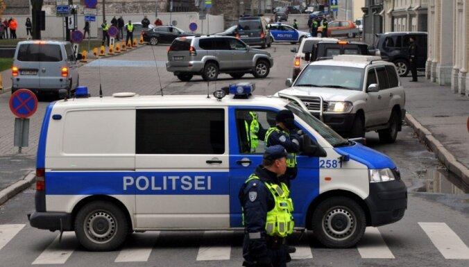 Эстонский полицейский уволен за слежку за коллегами и знакомыми