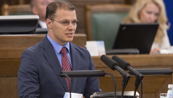 Arī Dzintars šaubās par NEPLP atlaišanas tiesisko pamatojumu