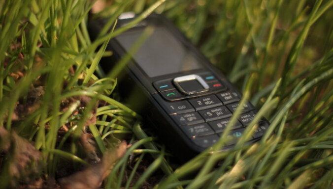 Vai vēl varēšu iegādāties 'Nokia 3310'? Kas jāzina par 'Nokia' pārdošanu ķīniešiem