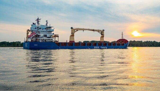 Rīgas ostā veiksmīgi attīstītās arī mazo kuģu apkalpošanas segments