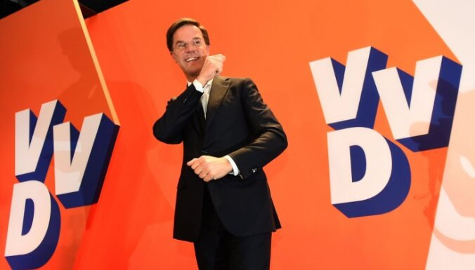 Nīderlandes premjers paziņo, ka vēlēšanās uzvarējis populismu
