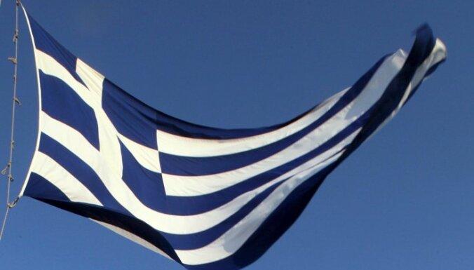Еврозона одобрила перечисление Греции первого транша кредита