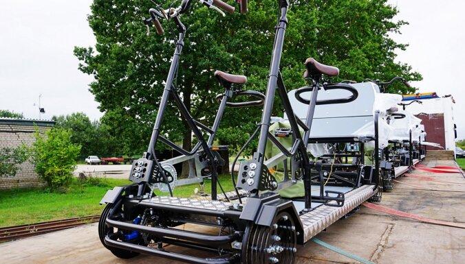 Jauns tūrisma piedāvājums – Zilākalna ciemā interesentiem pieejami četri sliežu velosipēdi