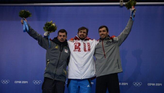 Дукурс подумывал не выходить на старт, чтобы медаль досталась брату