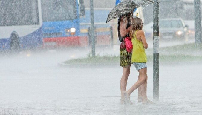 Latviju skārušas stiprākās un plašākās lietusgāzes kopš pagājušā gada