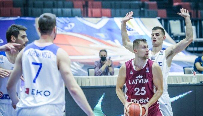 Video: Latvijas izlases panākumā perfekti met Laksa, grozus rībina Mejeris