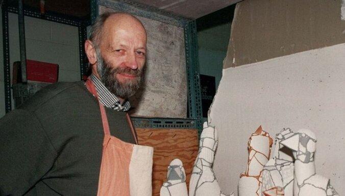 Pēterdienā Rotko centrā piemin Latvijas laikmetīgās keramikas aizsācēju Pēteri Martinsonu
