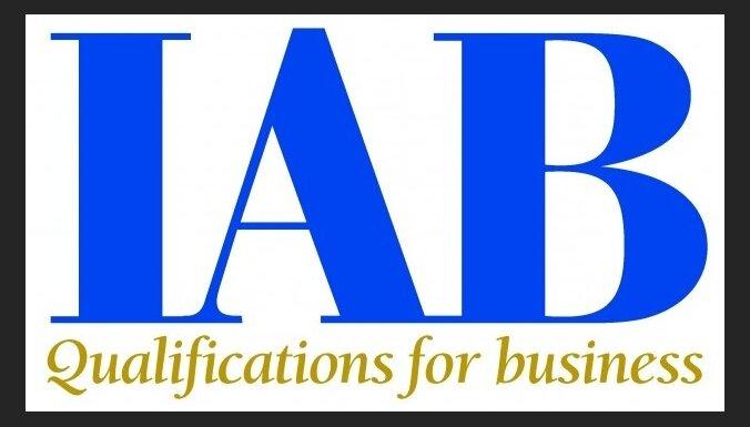 Для бухгалтеров: международный сертификат IAB по очень привлекательной цене. Узнайте больше на бесплатном семинаре!