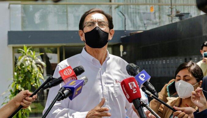 Peru eksprezidents vēlējies saņemt Covid-19 vakcīnu bez rindas