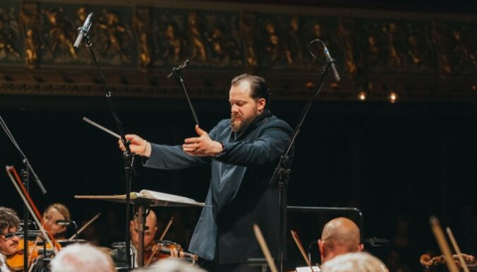 Известный латвийский дирижер получил две престижные награды Grammy