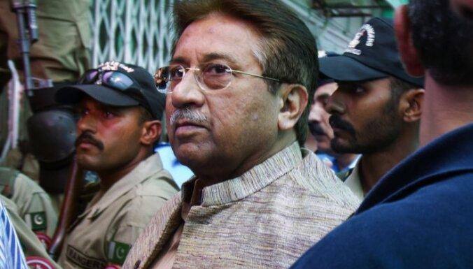 Pakistānas tiesa anulē eksprezidentam Mušarafam piespriesto nāvessodu