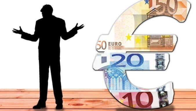 Latvijas iedzīvotāju parādsaistības kredītiestādēm – 1,4 miljardi eiro