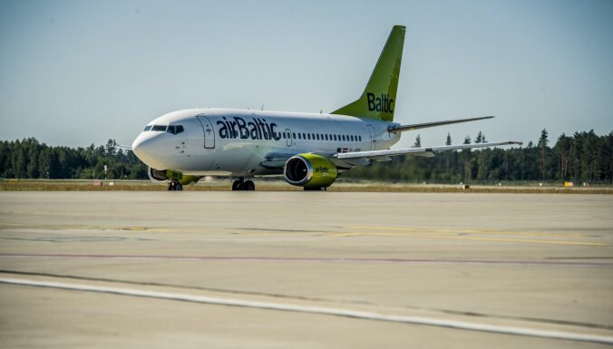'airBaltic' atvadās no pēdējās 'Boeing 737' lidmašīnas