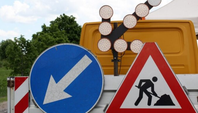 Iecavā sāk atjaunot ceļa segumu Bauskas šosejas posmā; iespējami sastrēgumi