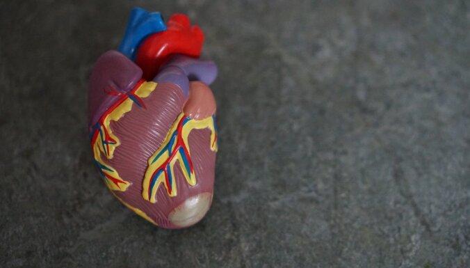 Septiņi neierasti signāli, kas var liecināt par sirds veselības problēmām