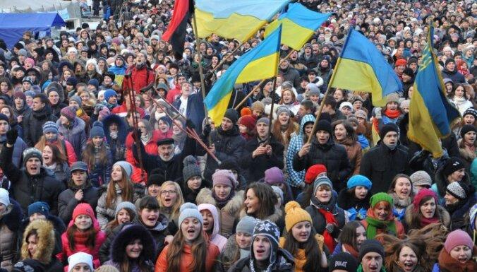 Депутатов, уехавших на Майдан, попросили поработать хотя бы один день