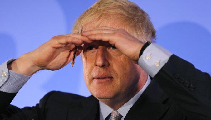 Джонсон призвал британцев готовиться к жесткому варианту Brexit (дополнено)