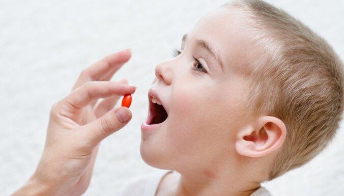 Gastroenteroloģe seminārā stāstīs par uztura bagātinātājiem un vitamīnu lietošanu bērniem