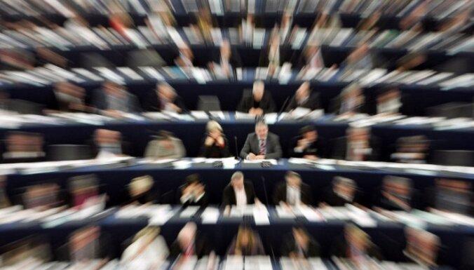 Eiroparlamentāriešu grupa pieprasa ES vadībai ietekmēt Lietuvu poļu minoritātes jautājumā