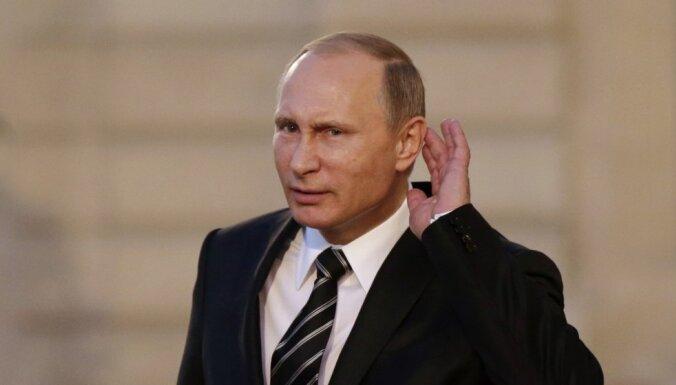 Krievijas milzu tēriņi Sīrijā, pirmie bēgļi Kanādā, Latvijā kļūs vēsāk. Šorīt svarīgākais vienkopus