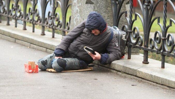 Латвия тратит на социальную защиту жителей вдвое меньше, чем страны Скандинавии