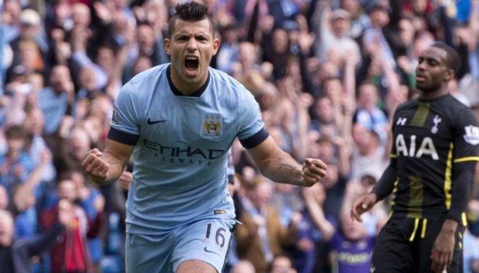 Agvero ar četriem vārtiem kaldina Mančestras 'City' uzvaru pār 'Hotspur'
