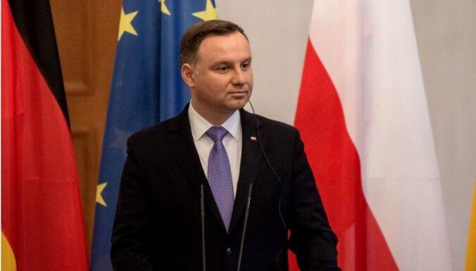 Duda aicina apturēt gāzesvada projektu 'Nord Stream 2'