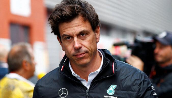 'Mercedes' komandas priekšnieks Volfs pirmo reizi sešos gados neapmeklēs F-1 posmu