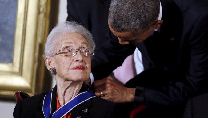 """На 102-м году скончалась математик НАСА Кэтрин Джонсон. Ее расчеты спасли """"Аполлон-13"""""""