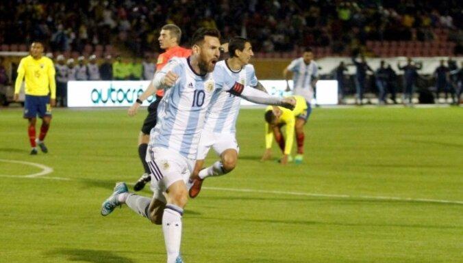 Mesi ar kārtējo 'hat-trick' palīdz 'Barcelona' atkārtot Spānijas čempionāta rekordu