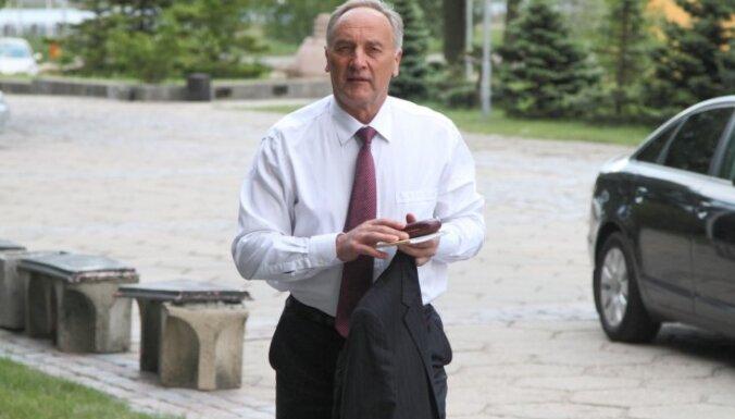 """Эксперт: президент подтвердил свою веру в """"доброго Путина"""""""
