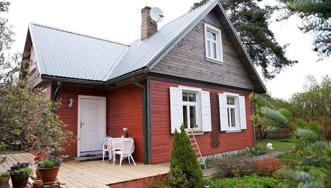 Ciemos: Namiņš Jūrmalā ar siltu senatnīguma auru