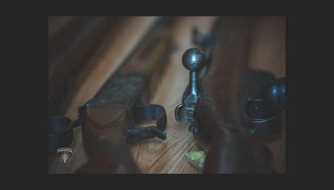 Саулкрасты: пьяный мужчина устроил во дворе стрельбу