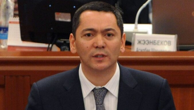 Kirgizstānas parlaments apstiprina jauno valdību premjera Omurbeka Babanova vadībā (precizēts)