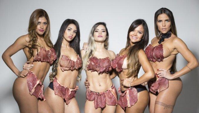 Brazīlijas smukākie dupši gaļas bikini protestē pret seksuālo vardarbību