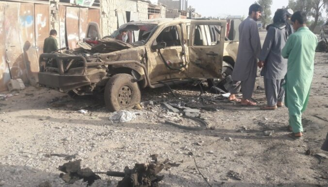 Afganistānas Farāhas provincē kauju dēļ slēgtas simtiem skolu