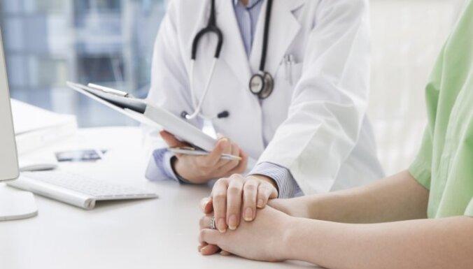 Vislielākā mirstība onkoloģjas pacientu vidū pērn bijusi no bronhu un plaušu vēža