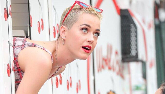 Mūzikas superzvaigzne Perija kļūst par pirmo 'Twitter' lietotāju ar 100 miljoniem sekotāju