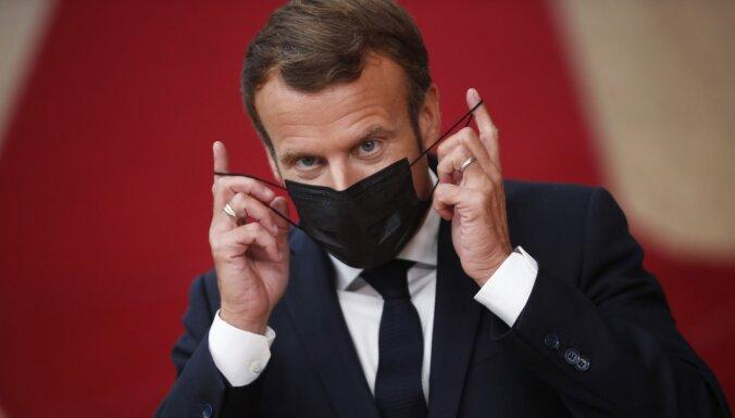 Макрон получил пощечину во время поездки по юго-востоку Франции