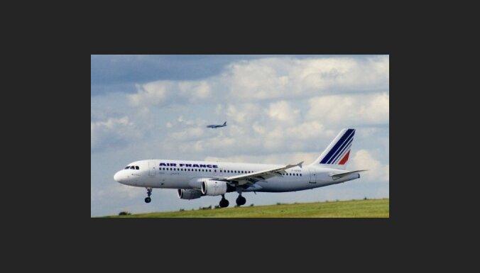 Avarējusi 'Air France' lidmašīna izsūtījusi 24 trauksmes signālus