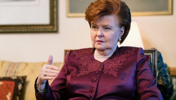 Labas gribas žestu izrādīšana Krievijai ir kā 'bērt zirņus pret sienu', secinājusi Vīķe-Freiberga