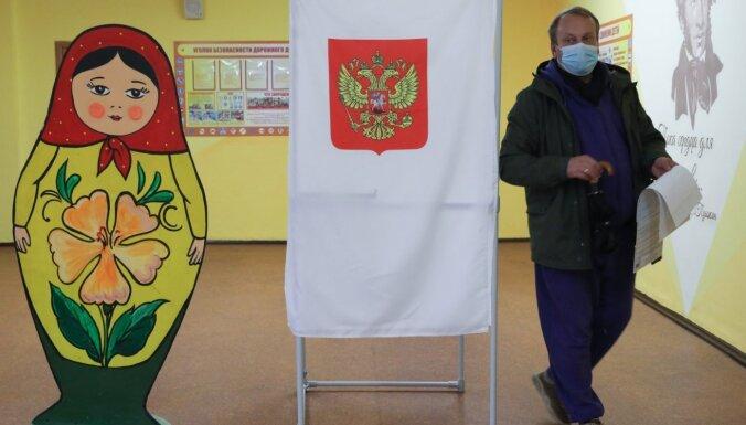 Sākotnējie rezultāti: 'Vienotā Krievija' ieguvusi 40% balsu